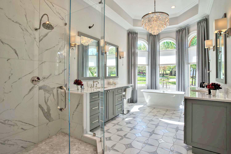 1luxury-lake-bathrooms-lake-norman-bathroom.luxury.tile_.tub-1